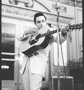 Ain't No Grave: Johnny Cash's Final Testament