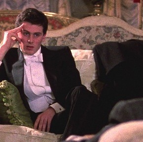 The Comforts of Irony and the Terror of Earnestness: A Review of Whit Stillman's Metropolitan