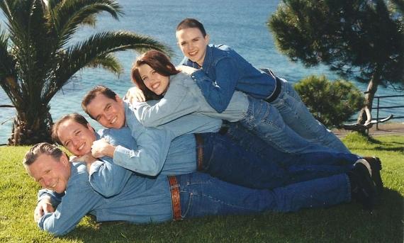 awkwardfamilyphoto1