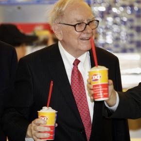 billionaire-warren-buffett-making-headlines-his-multinational-holding-company-berkshire-hathaway_2