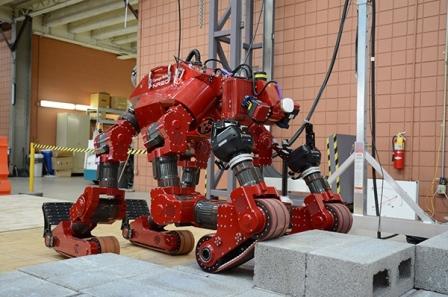 chimp-carnegie-mellon-DARPA-robotics-challenge-1a_blog
