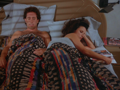 5x1_Jerry_and_Elaine_in_bed