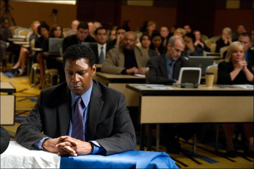 Film-Review-Flight-Denzel-Washington-1