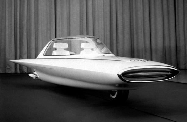 Ford-Gyron-Concept-Car-3